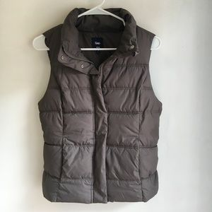 GAP Lightweight Puffer Vest